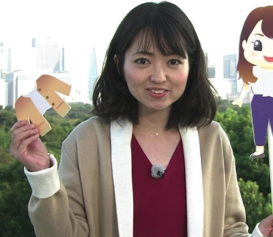 福岡良子 おっぱいピチピチ衣装キャプ・エロ画像8