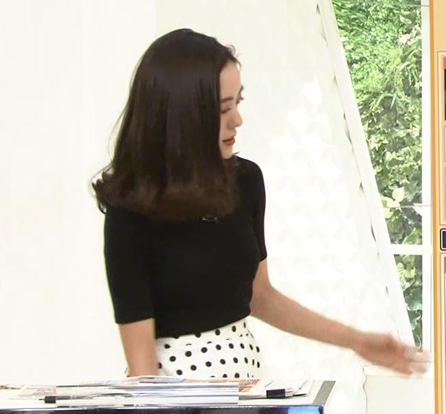 古谷有美アナ 真っ黒ニットで分かりにくいけど巨乳が際立つキャプ・エロ画像2