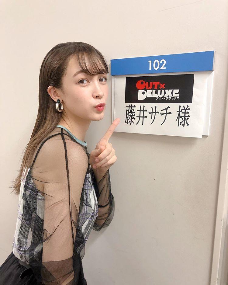 藤井サチ 透け透け衣装キャプ・エロ画像9