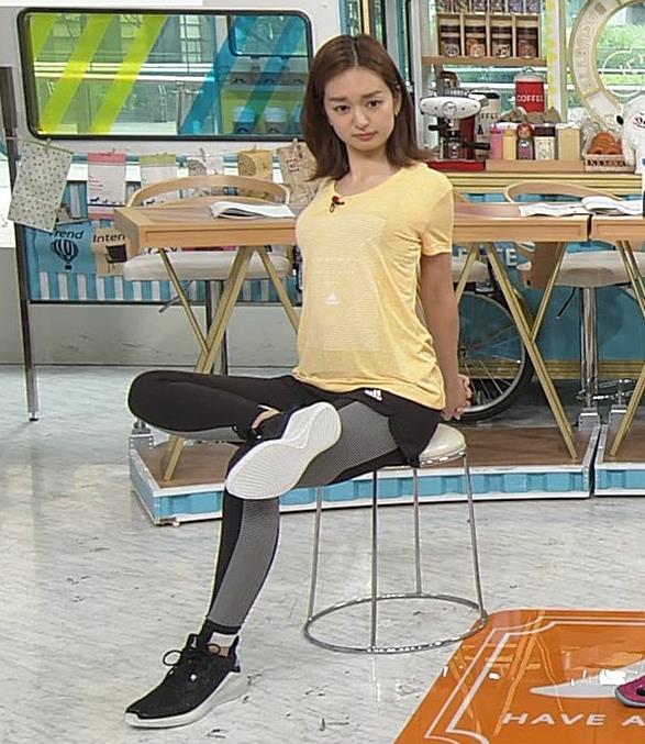 後藤晴菜アナ Tシャツおっぱいを突き出してエロいことにキャプ・エロ画像5