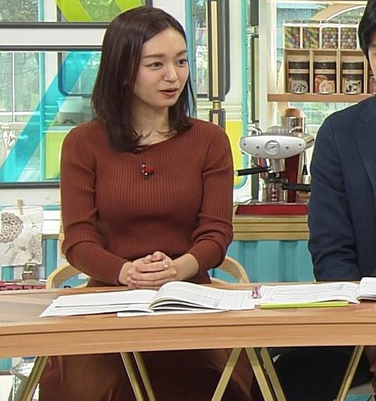 後藤晴菜アナ エロいニットおっぱいキャプ・エロ画像4