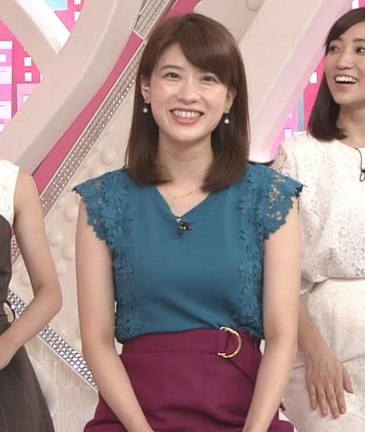 郡司恭子アナ 胸のふくらみキャプ・エロ画像4