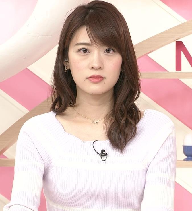 郡司恭子アナ ニット乳を斜めからキャプ・エロ画像4