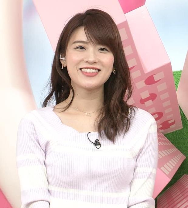 郡司恭子アナ ニット乳を斜めからキャプ・エロ画像6
