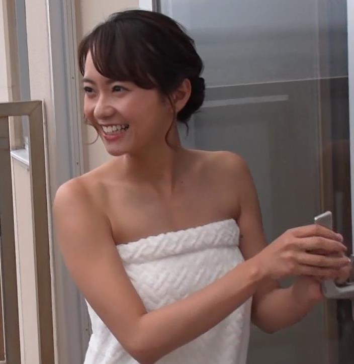 鉢嶺杏奈 温泉入浴エロシーンキャプ・エロ画像2