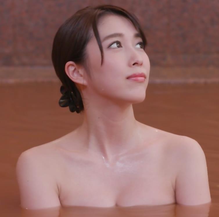 秦瑞穂 「秘湯ロマン」激エロ回キャプ・エロ画像2