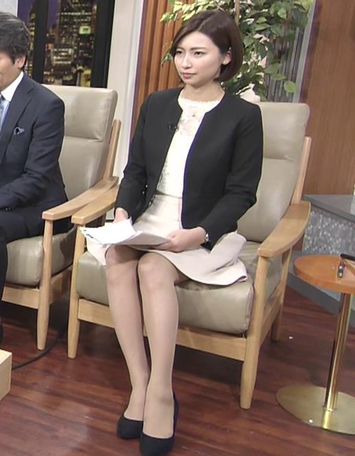 畑下由佳アナ ミニスカ美脚&▼ゾーンキャプ・エロ画像3