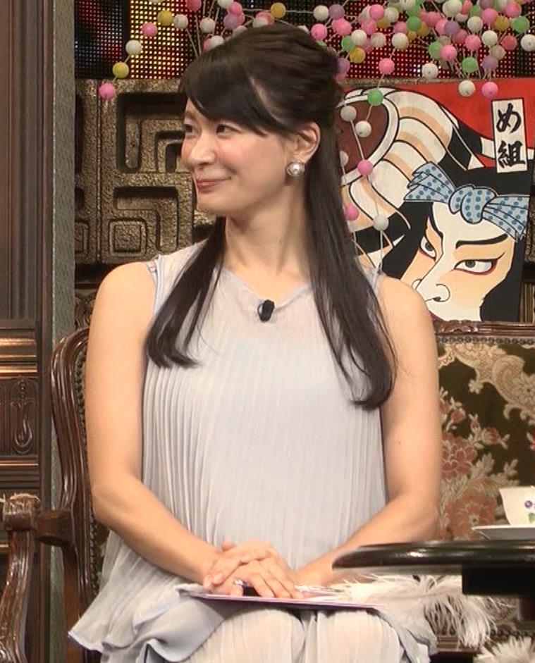 八田亜矢子 おっぱいパツパツや太もも等キャプ・エロ画像9