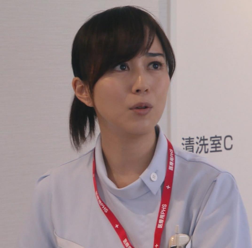 比嘉愛未 看護師役(ナース服) 「DOCTORS 最強の名医」キャプ・エロ画像2