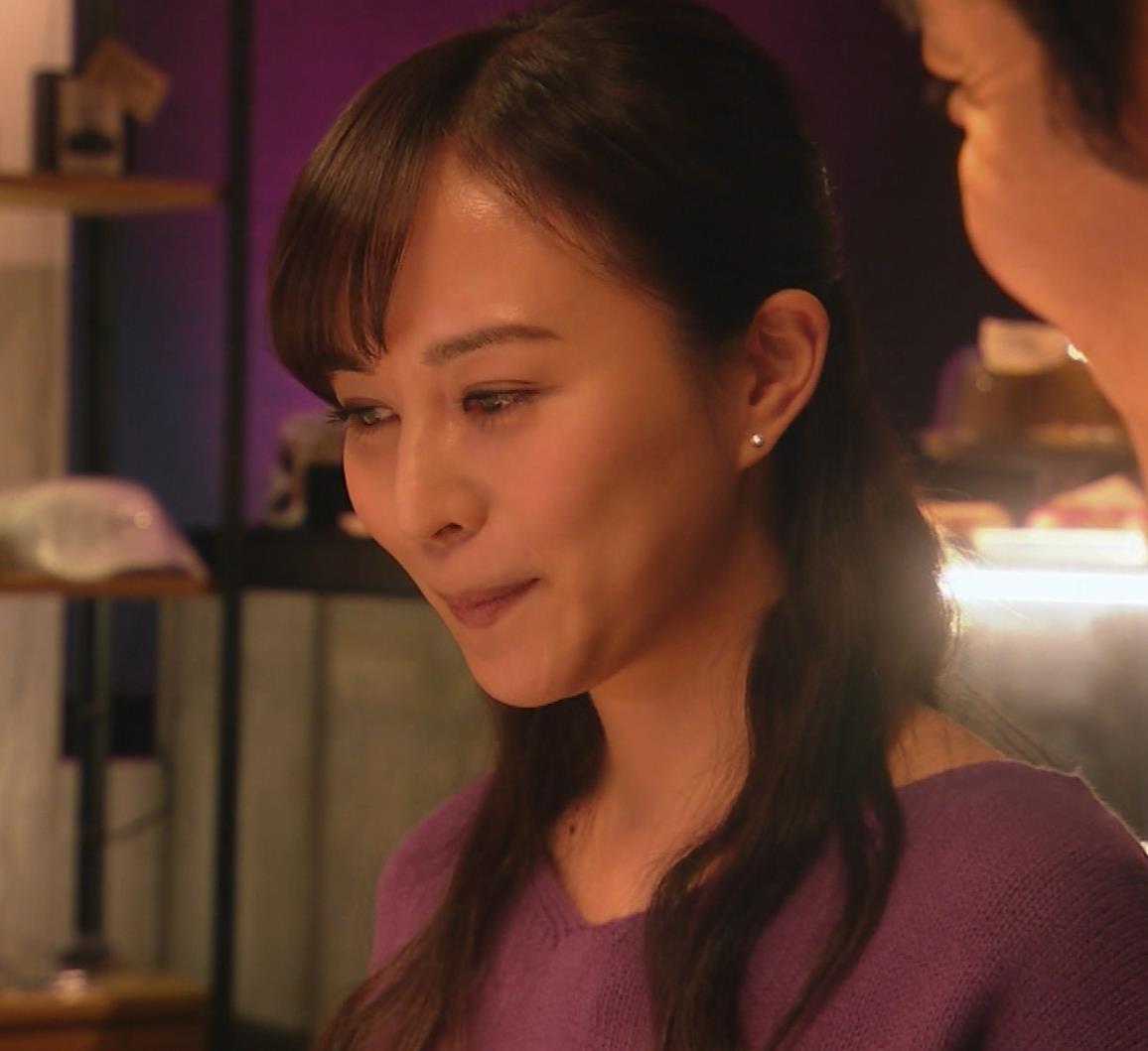 比嘉愛未 看護師役(ナース服) 「DOCTORS 最強の名医」キャプ・エロ画像12