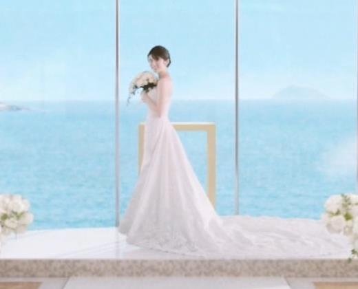 樋口柚子 露出の多いウェディングドレスキャプ・エロ画像7