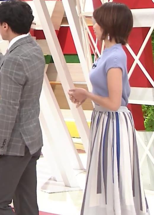 ヒロド歩美アナ 微妙なニット横乳キャプ画像(エロ・アイコラ画像)
