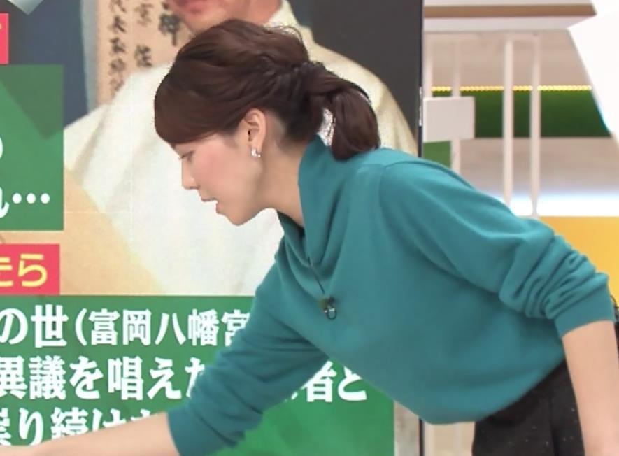 ヒロド歩美 ミニスカ黒ストッキングキャプ・エロ画像6