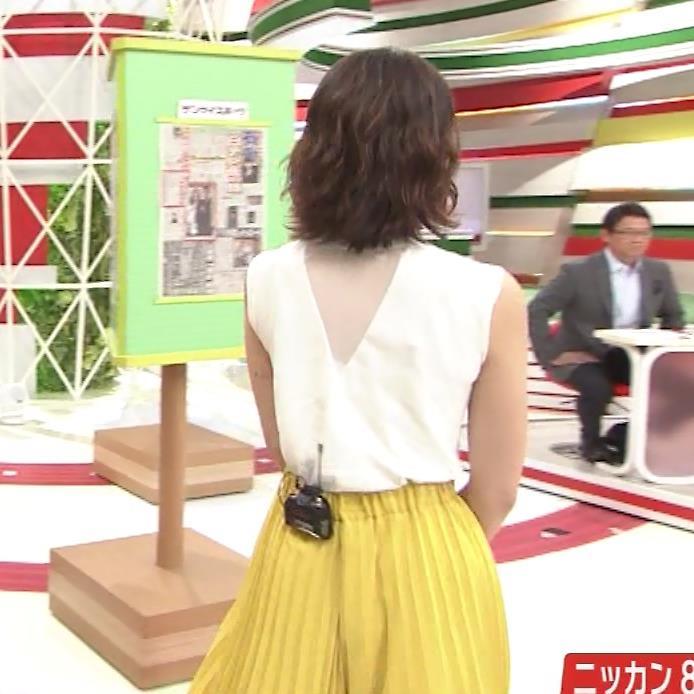 ヒロド歩美アナ ノースリーブ横乳キャプ・エロ画像4