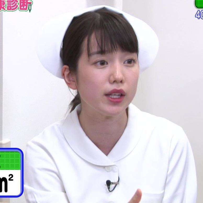 弘中綾香アナ まったくエロくないナースコスプレキャプ・エロ画像2