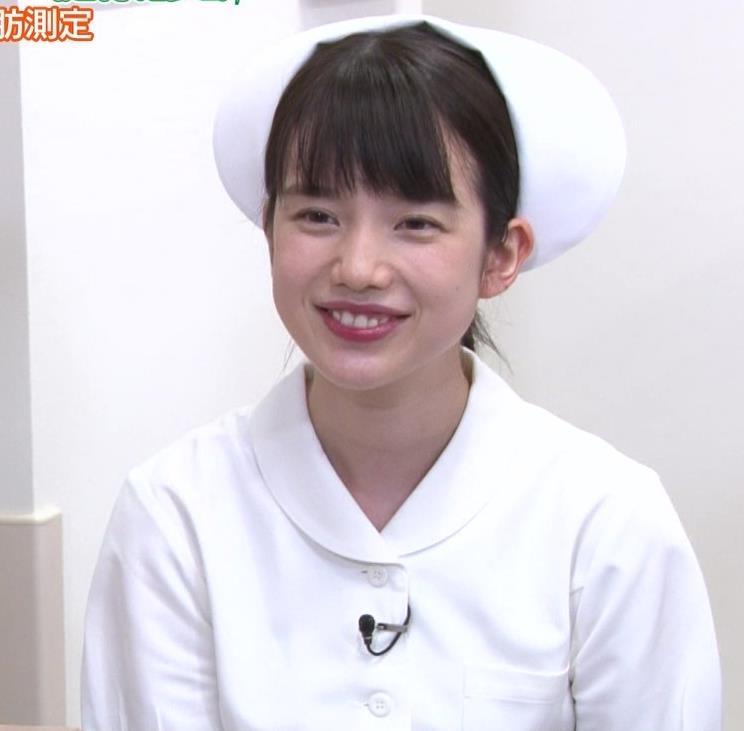 弘中綾香アナ まったくエロくないナースコスプレキャプ・エロ画像4