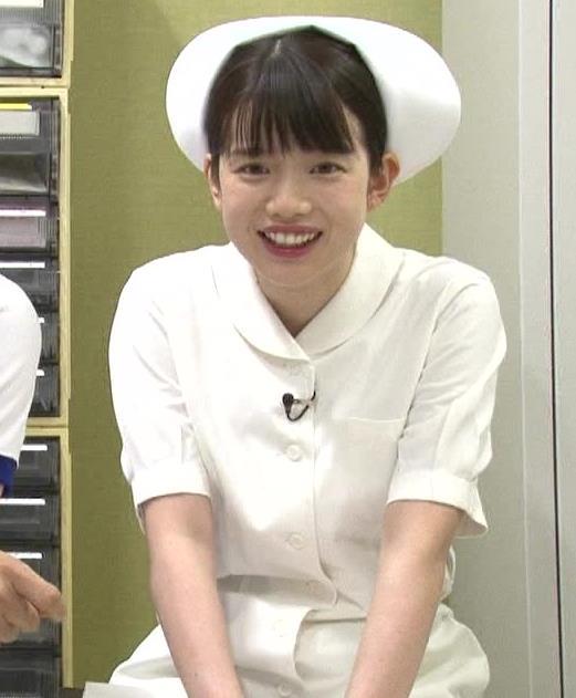 弘中綾香アナ まったくエロくないナースコスプレキャプ・エロ画像6
