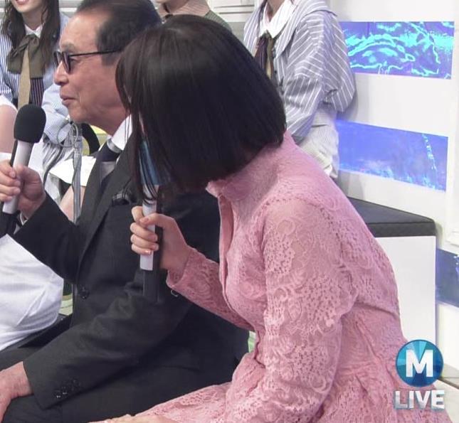 弘中綾香アナ レースのシャツのおっぱいキャプ・エロ画像8