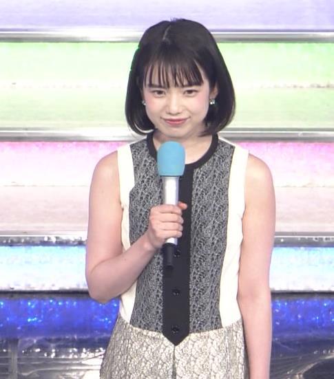弘中綾香アナ ノースリーブの白い肌キャプ・エロ画像