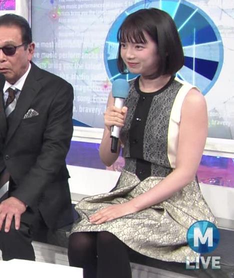 弘中綾香アナ ノースリーブの白い肌キャプ・エロ画像7