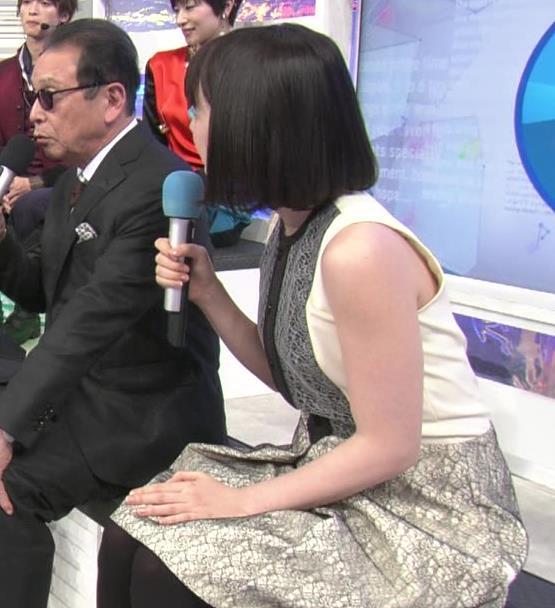 弘中綾香アナ ノースリーブの白い肌キャプ・エロ画像10