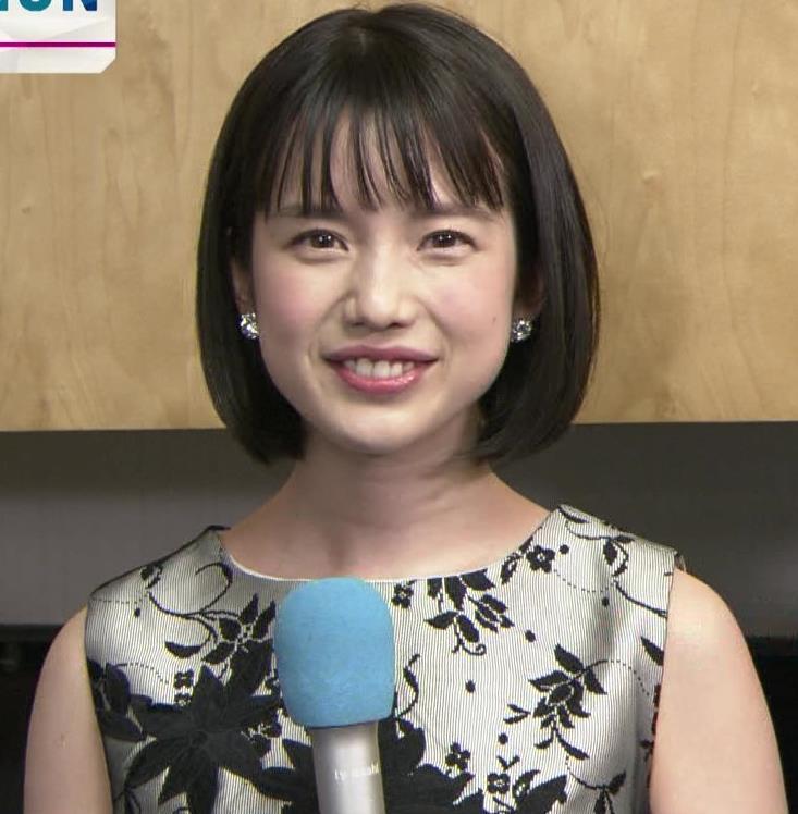 弘中綾香アナ 意外と強そうな二の腕キャプ・エロ画像