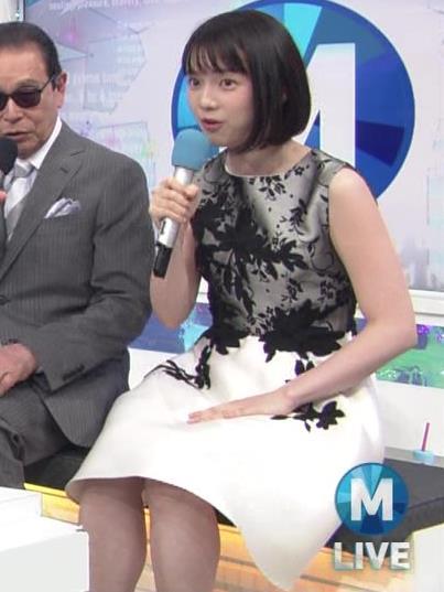 弘中綾香アナ 意外と強そうな二の腕キャプ・エロ画像11