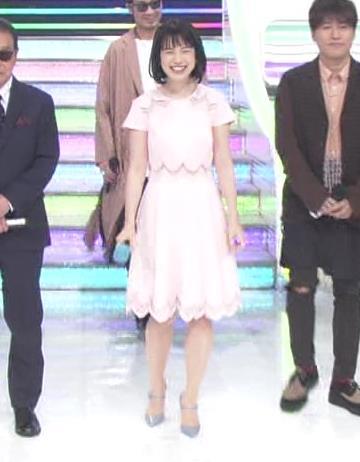 弘中綾香アナ ロリ系女子アナのかわいいワンピースキャプ・エロ画像
