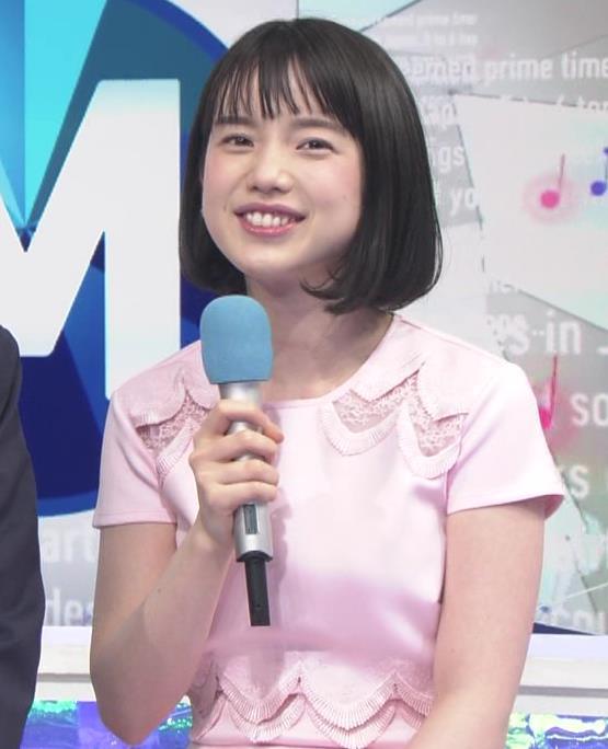 弘中綾香アナ ロリ系女子アナのかわいいワンピースキャプ・エロ画像5