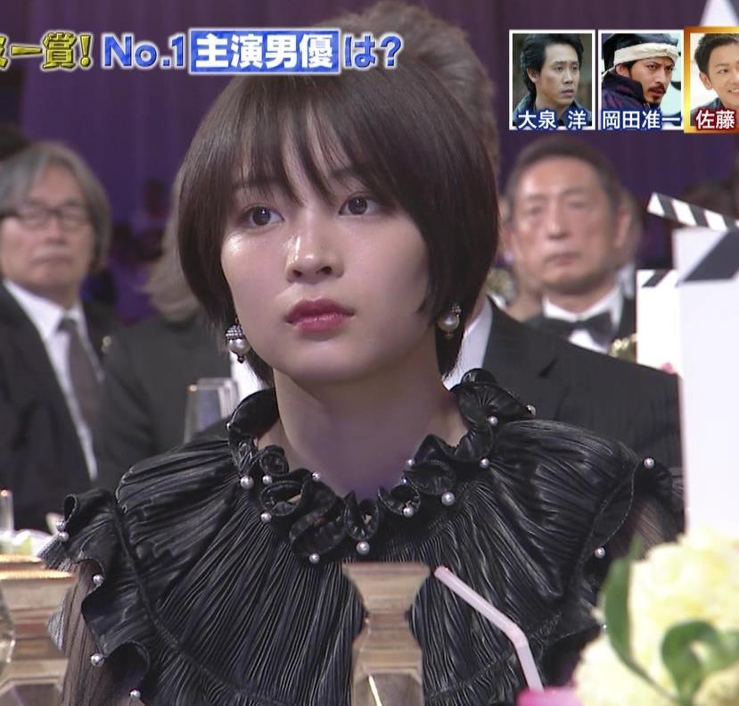 広瀬すず 大人の色気も出てきた日本アカデミー賞授賞式キャプ・エロ画像6