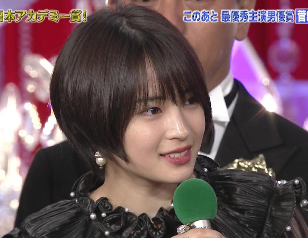 広瀬すず 大人の色気も出てきた日本アカデミー賞授賞式キャプ・エロ画像7