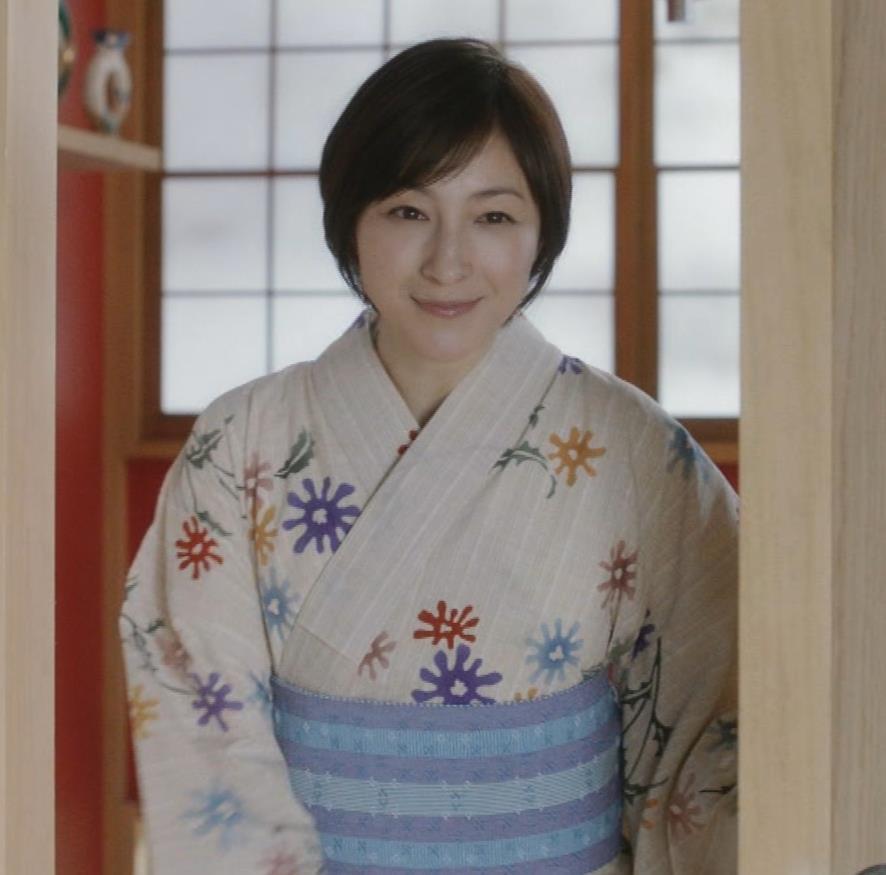 広末涼子 入浴CMをキャプキャプ・エロ画像2