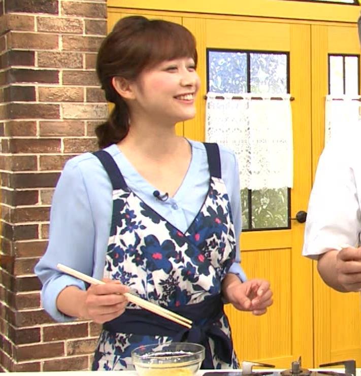 久冨慶子アナ 疑似フェラ画像キャプ・エロ画像2