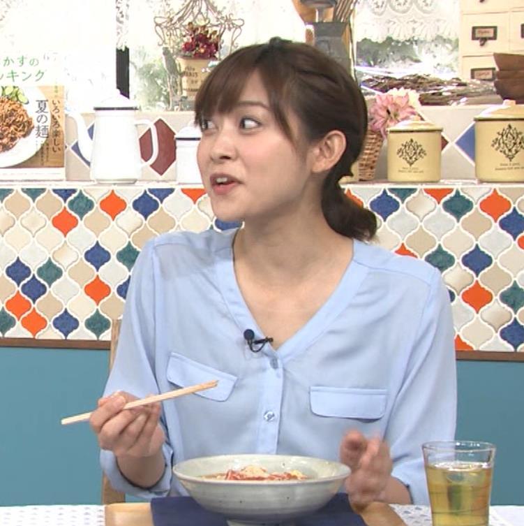 久冨慶子アナ 疑似フェラ画像キャプ・エロ画像12