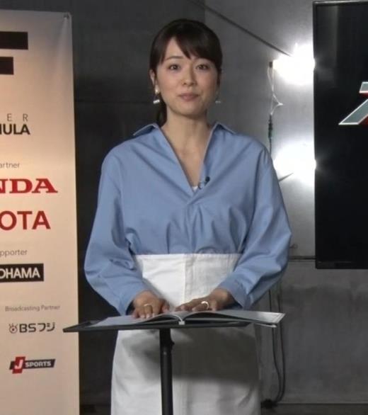 本田朋子 また胸元がエロいキャプ画像(エロ・アイコラ画像)