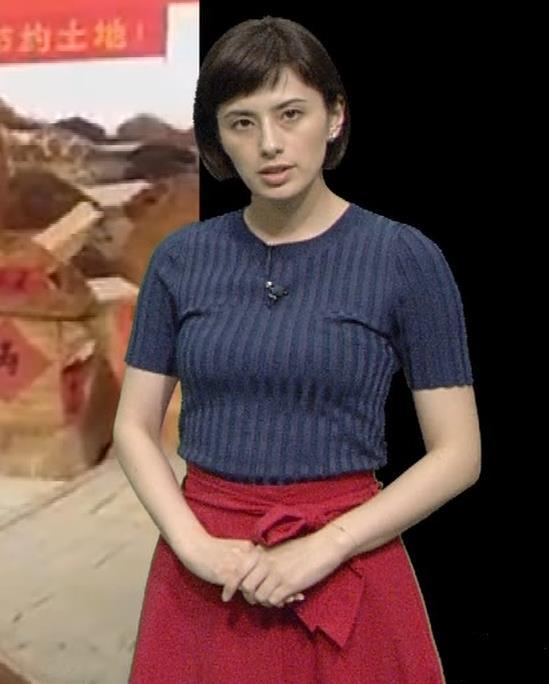 ホラン千秋 ピチピチTシャツで巨乳が強調されるキャプ・エロ画像16