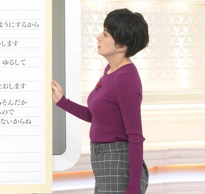 ホラン千秋 ニット巨乳がエロ過ぎキャプ・エロ画像3