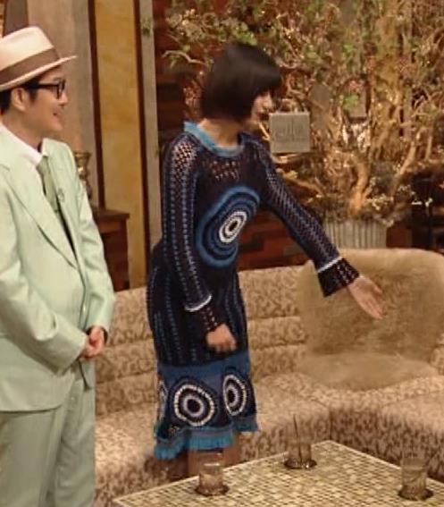 池田エライザ NHKでも体のラインがでるエロい衣装キャプ・エロ画像11