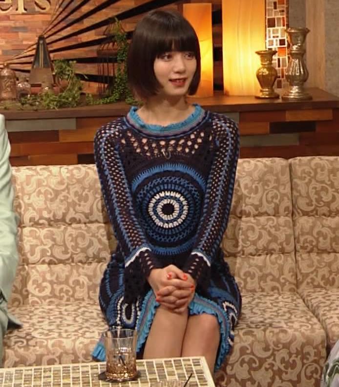池田エライザ NHKでも体のラインがでるエロい衣装キャプ・エロ画像12