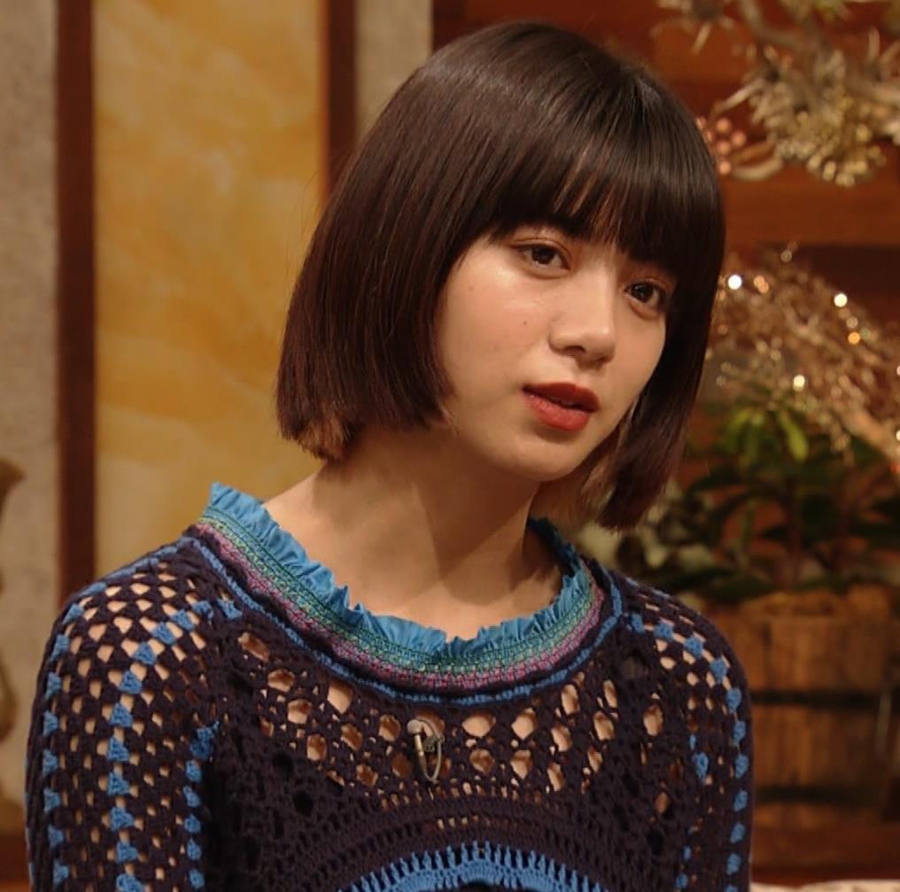 池田エライザ NHKでも体のラインがでるエロい衣装キャプ・エロ画像13