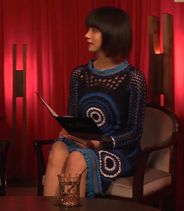 池田エライザ NHKでも体のラインがでるエロい衣装キャプ・エロ画像15