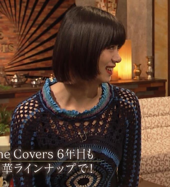 池田エライザ NHKでも体のラインがでるエロい衣装キャプ・エロ画像3