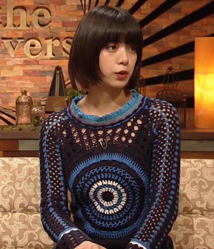 池田エライザ NHKでも体のラインがでるエロい衣装キャプ・エロ画像6