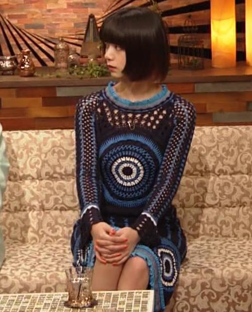 池田エライザ NHKでも体のラインがでるエロい衣装キャプ・エロ画像10