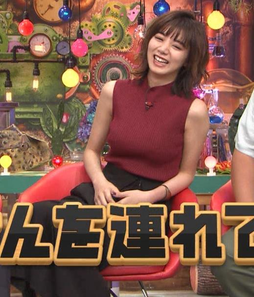 池田エライザ 巨乳×ニット。乳揺れGIF動画キャプ・エロ画像