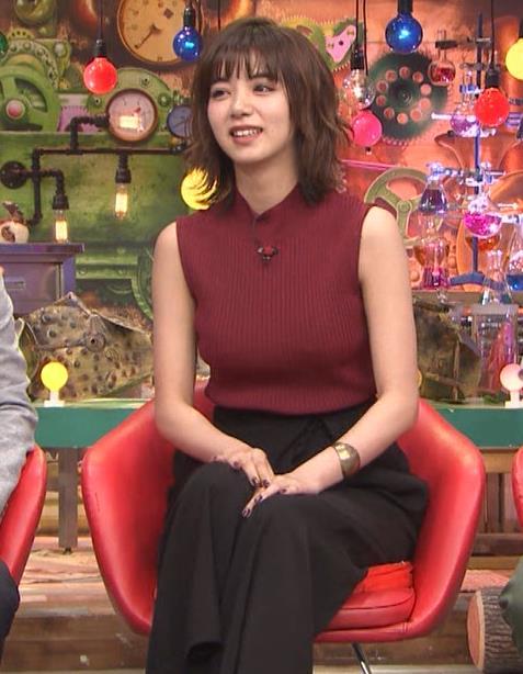 池田エライザ 巨乳×ニット。乳揺れGIF動画キャプ・エロ画像12