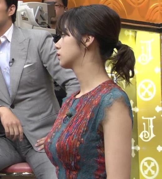 池田エライザ サンジャポでのすごい横乳キャプ画像(エロ・アイコラ画像)