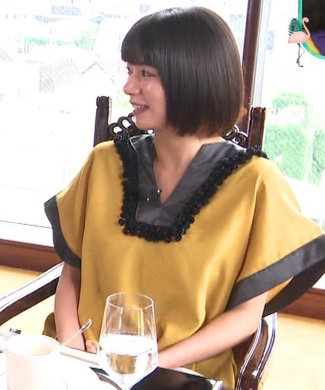池田エライザ ワキチラ画像キャプ・エロ画像2