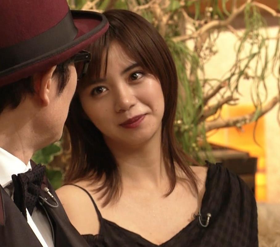 池田エライザ NHKでもエロい衣装。しぐさもエロいキャプ・エロ画像8