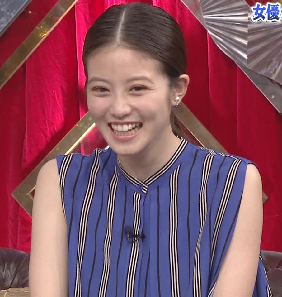 今田美桜 ノースリーブ姿キャプ・エロ画像4